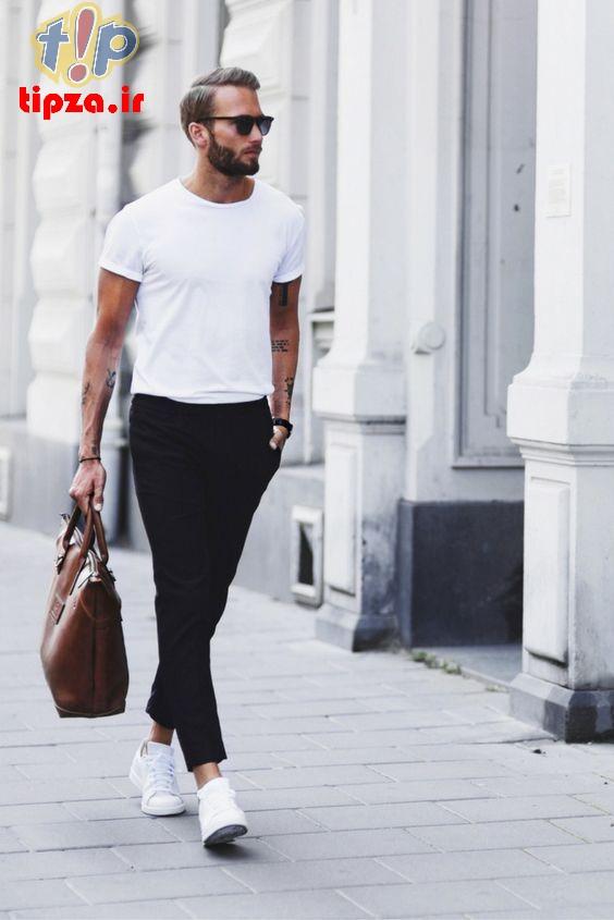 خصوصیات استایل شیک با تی شرت سفید مردانه